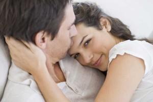 Cara Bercinta agar Hubungan Intim Suami Istri Lebih HOT2